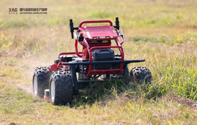 农田里的变形金刚,极飞 R150 农业无人车又有了哪些应用场景?